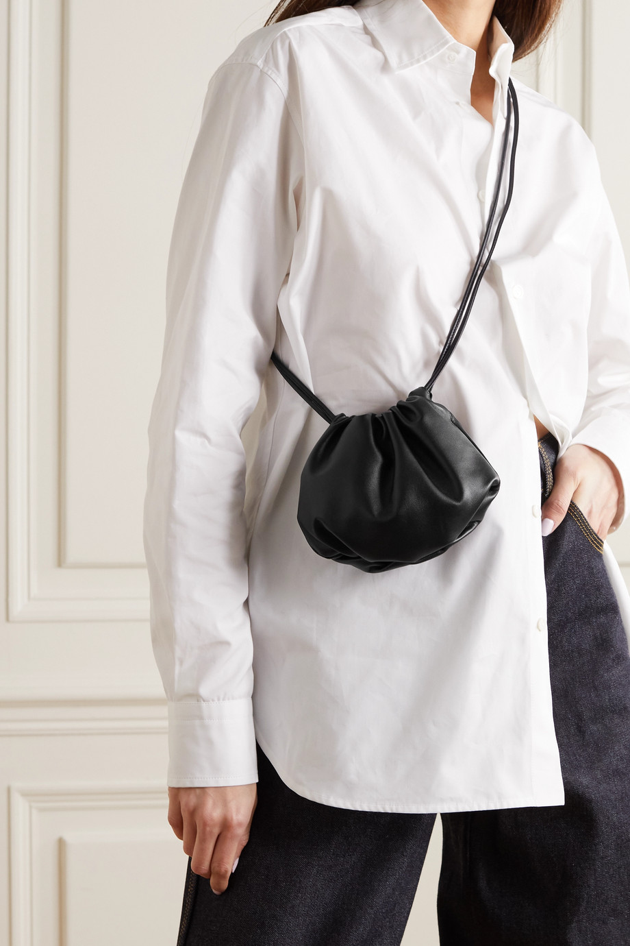 Bottega Veneta The Mini Bulb gathered leather shoulder bag