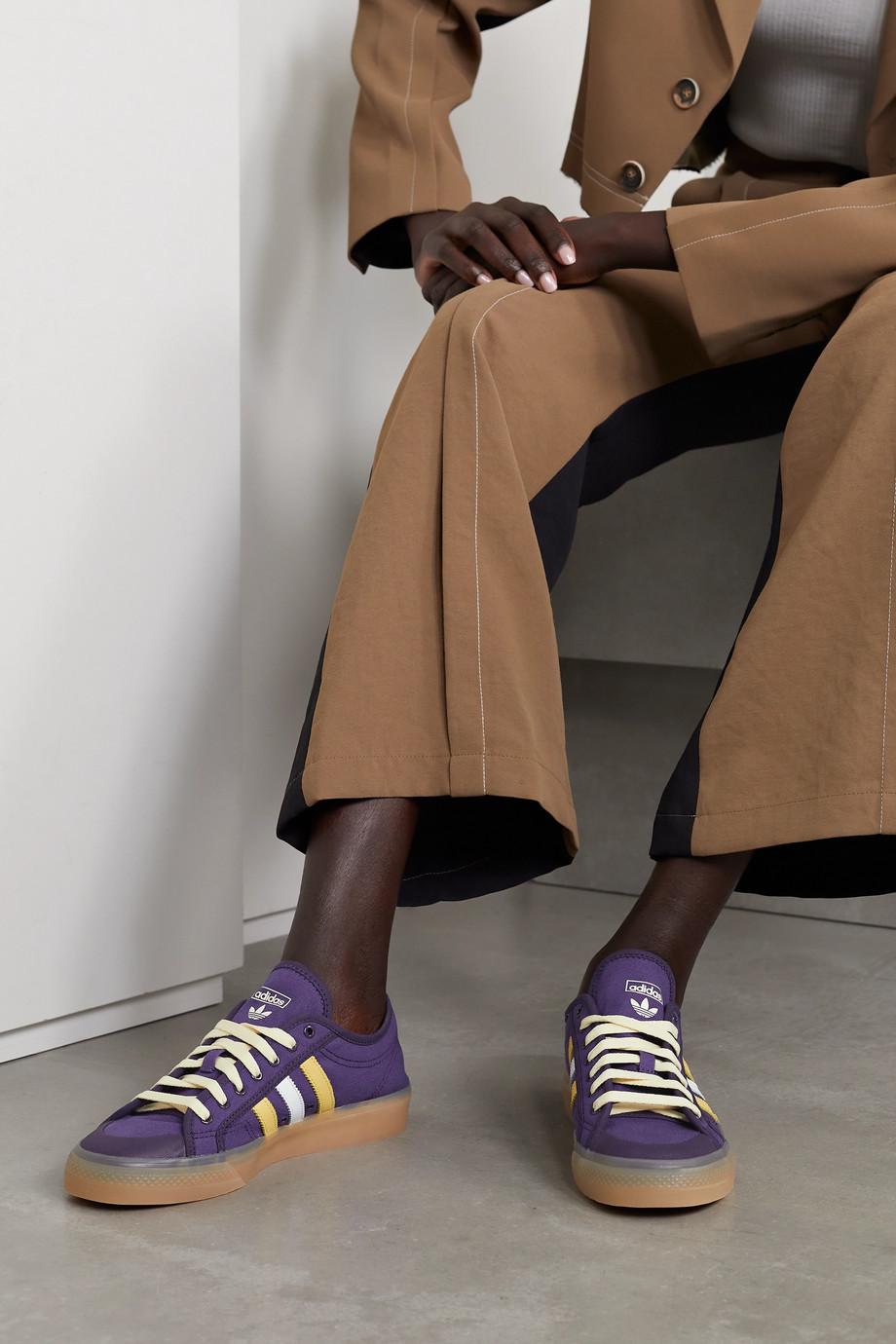 adidas Originals Baskets en toile à finitions en cuir Nizza x Wales Bonner