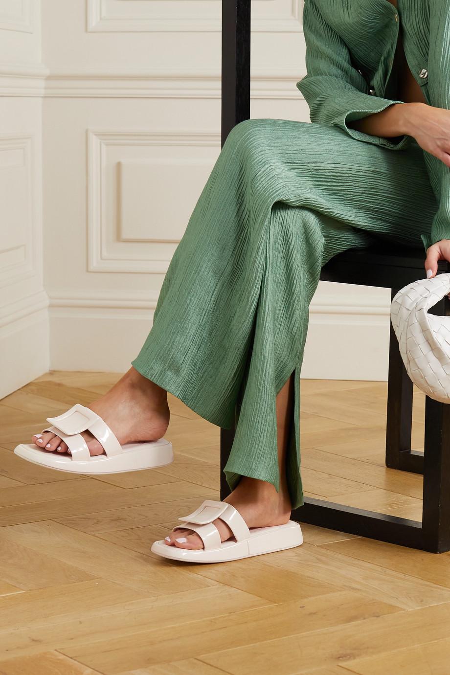 Roger Vivier Vivier Pantoletten aus Lackleder