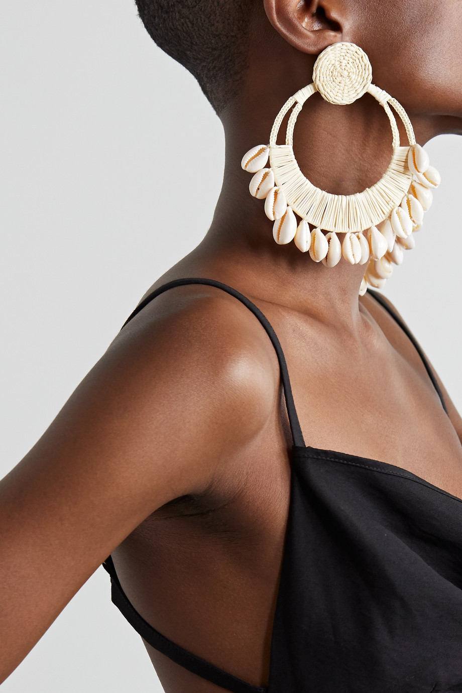 Johanna Ortiz Historia raffia and shell earrings