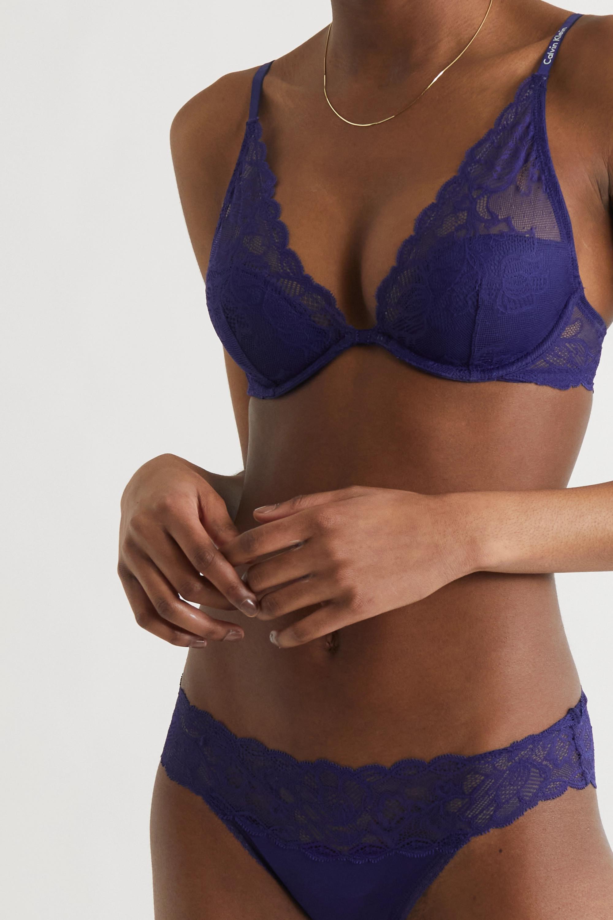 Calvin Klein Underwear Seductive Comfort stretch-lace underwired plunge bra