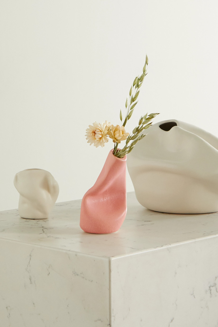 Completedworks Vase en céramique Solitude x Ekaterina Bazhenova Yamasaki