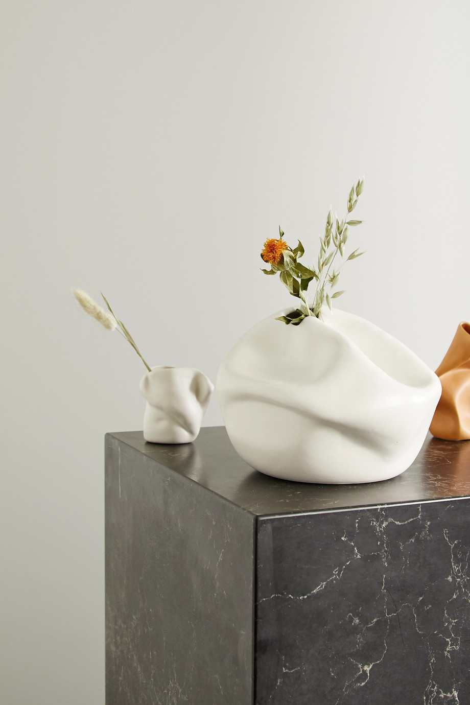 Completedworks + Ekaterina Bazhenova Yamasaki Compound ceramic vase
