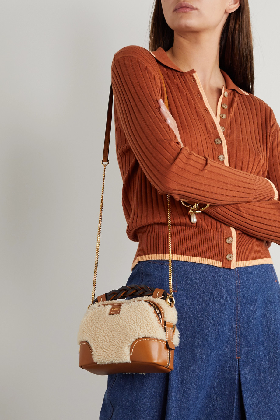 Chloé Daria mini leather-trimmed shearling tote