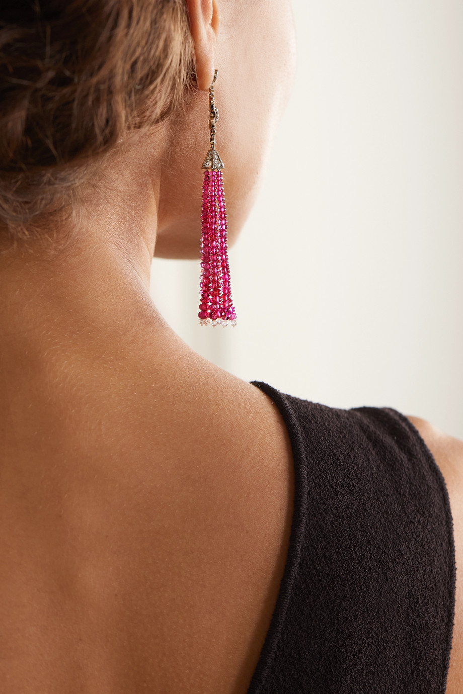Fred Leighton Boucles d'oreilles en or blanc 18 carats, rubis et diamants Collection