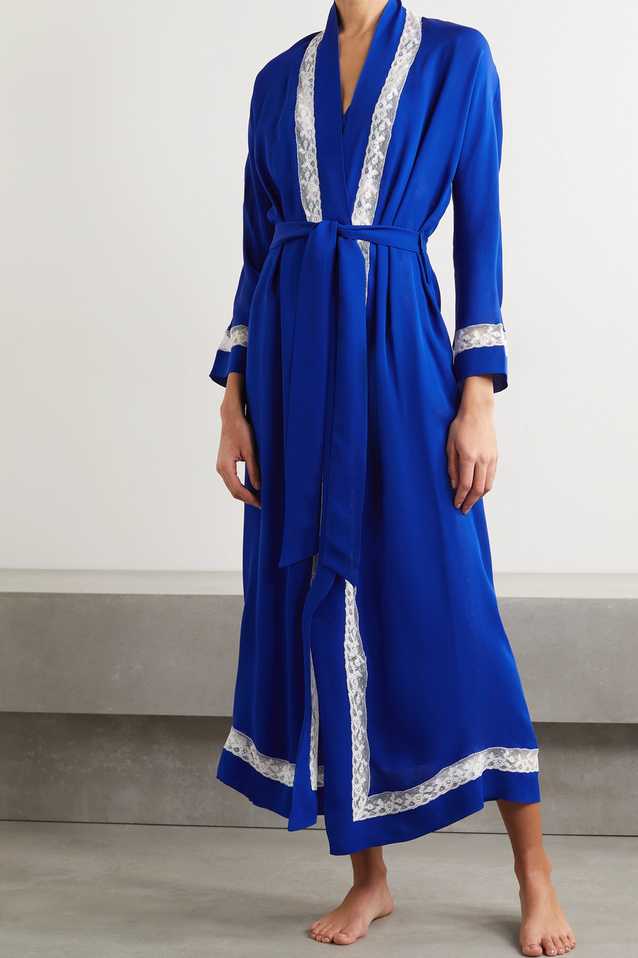 Loretta Caponi Lace-trimmed silk-georgette robe