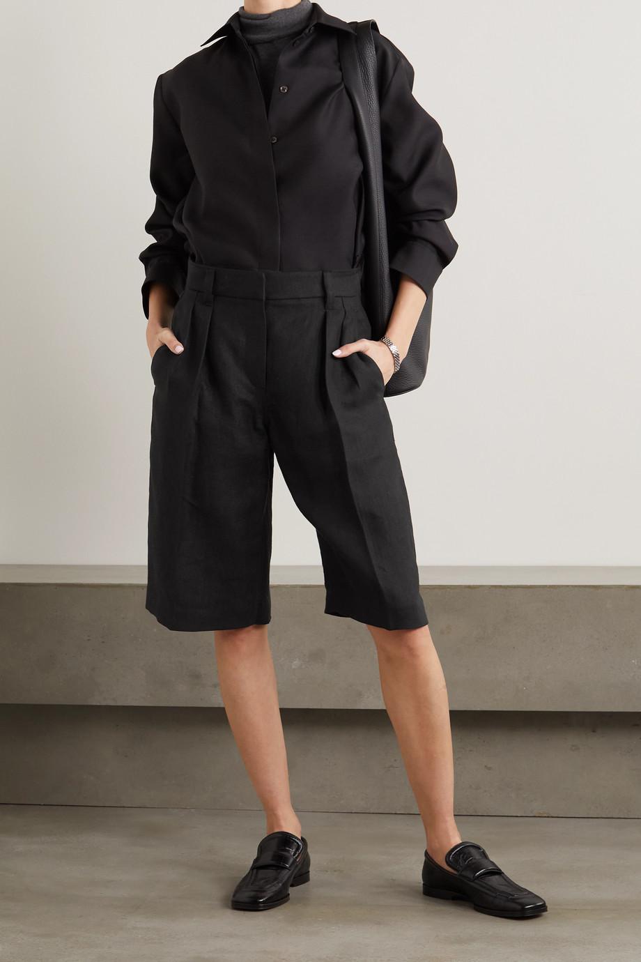 Brunello Cucinelli Pleated linen shorts
