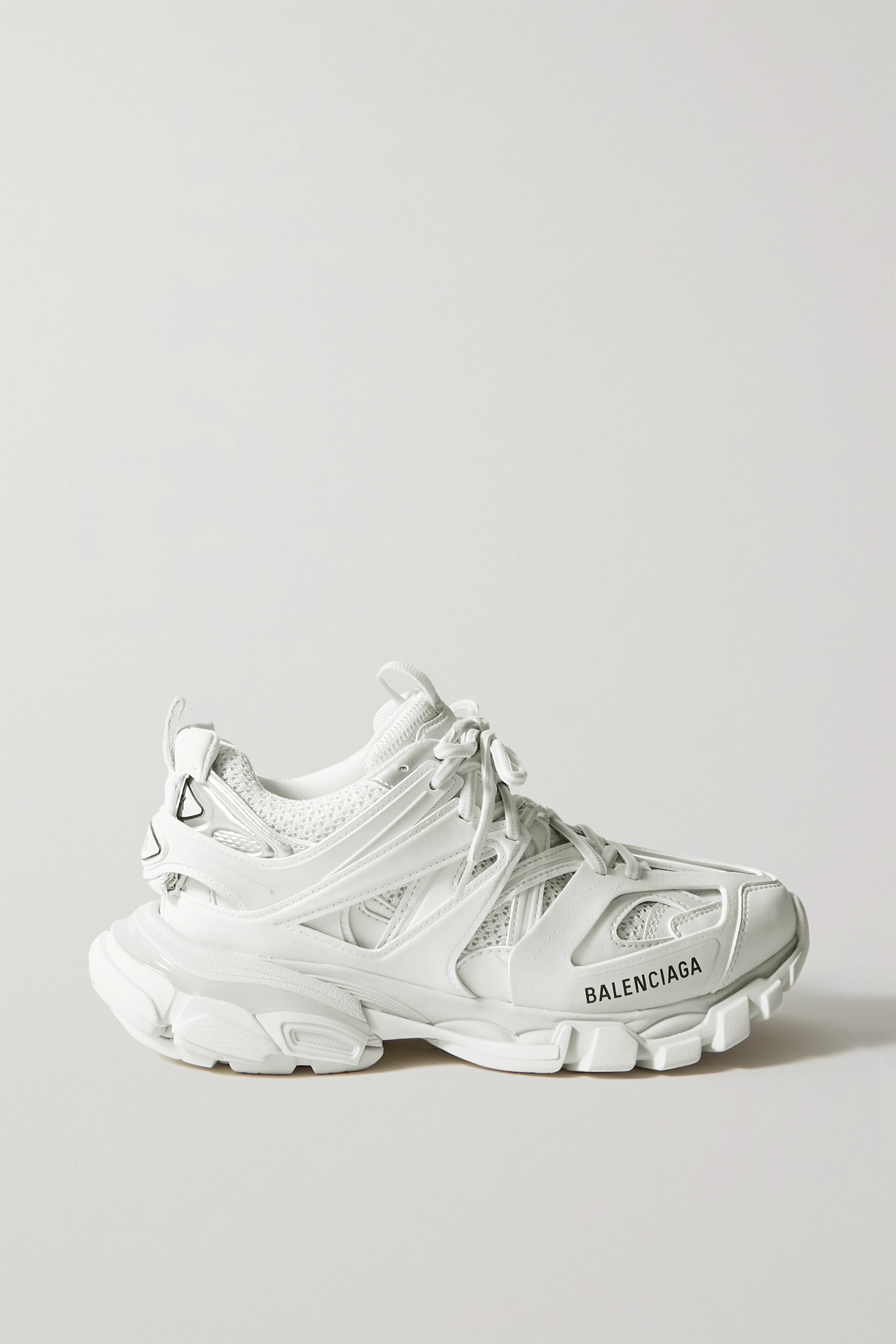 White Track logo-detailed mesh and