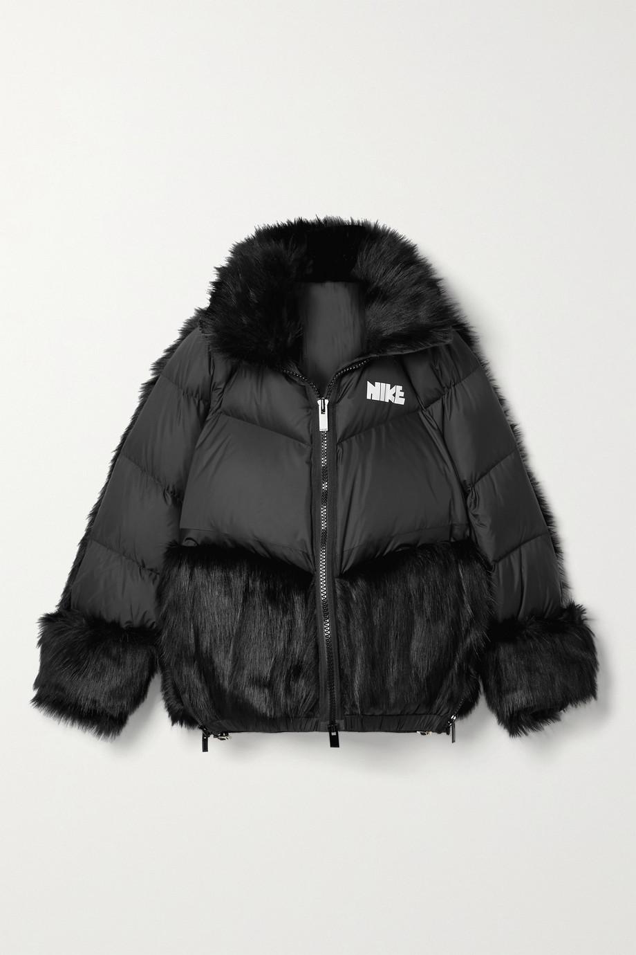 Nike + Sacai NRG Oversized-Daunenjacke aus gestepptem Shell mit Kapuze und Faux-Fur-Besätzen