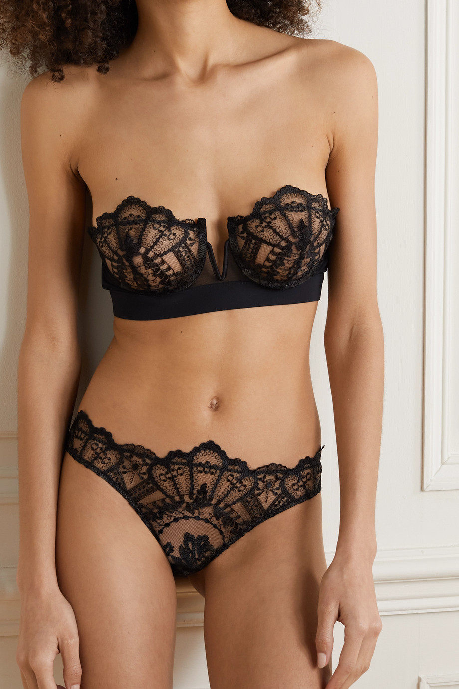 I.D. Sarrieri Rose Noir satin-trimmed embroidered tulle underwired bra