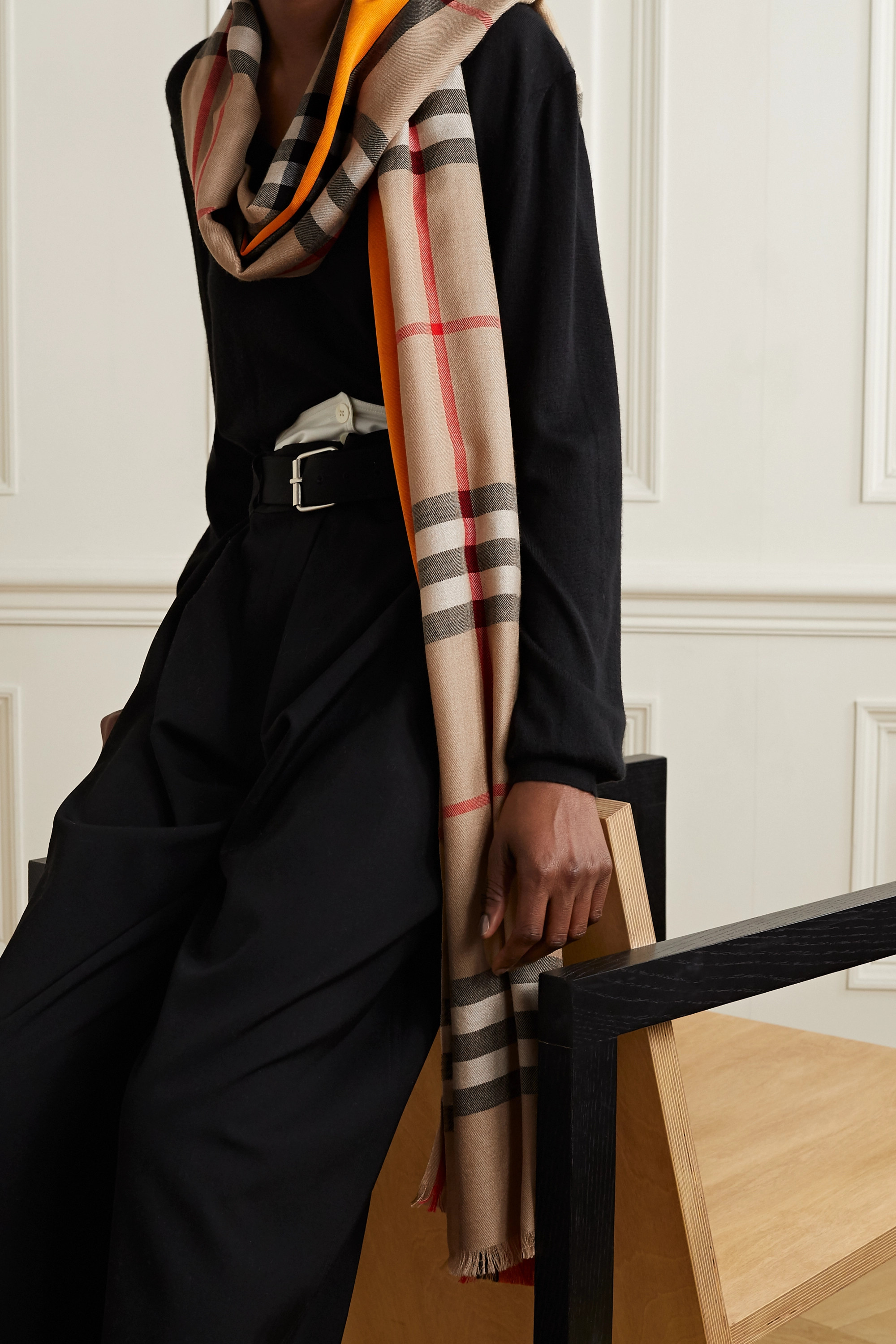 Burberry Checked cashmere and mulberry silk-blend scarf