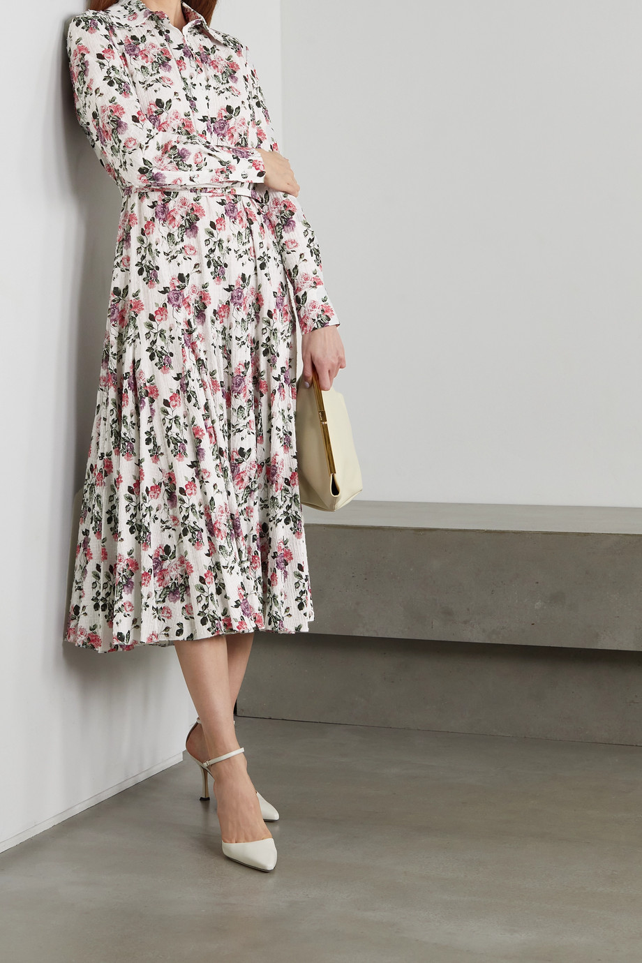 Emilia Wickstead Marion Midikleid aus Seersucker aus einer Baumwollmischung mit Webpunkten, Blumenprint und Gürtel