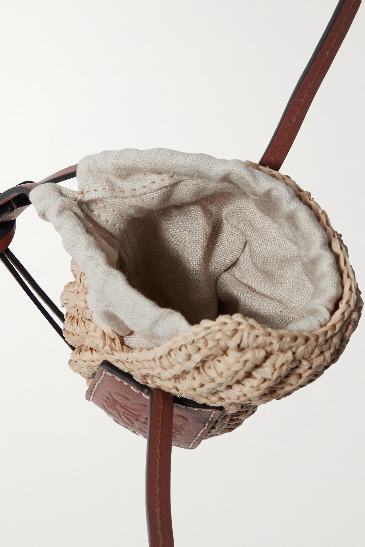 Loewe + Paula's Ibiza Tulip Shell Schultertasche aus Raffiabast mit Lederbesätzen