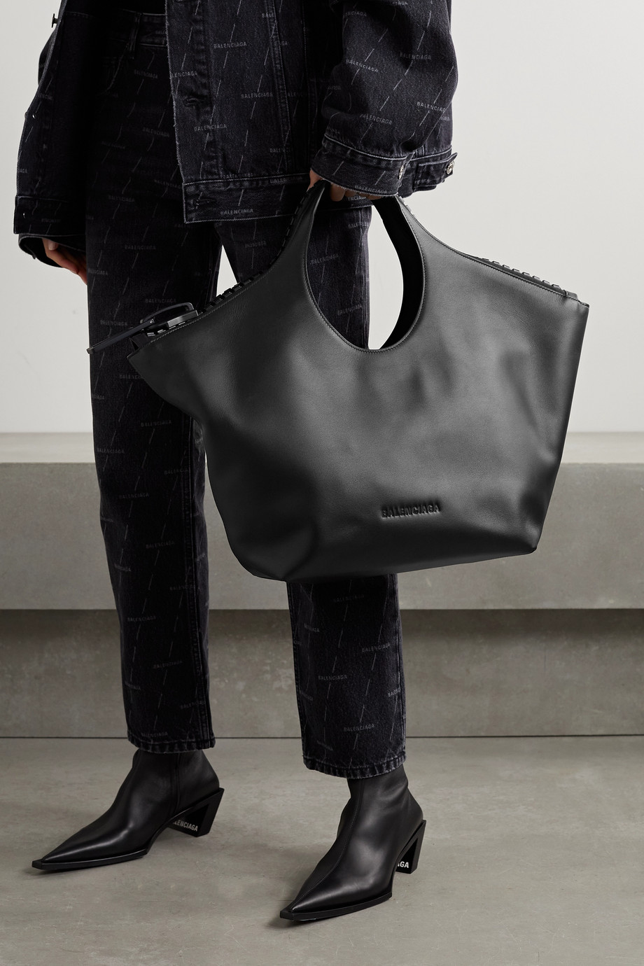 Balenciaga Megazip medium leather tote