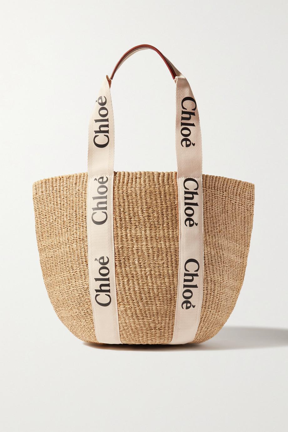 Chloé Woody große Korbtasche aus Raffiabast mit Besätzen aus bedrucktem Canvas und Leder