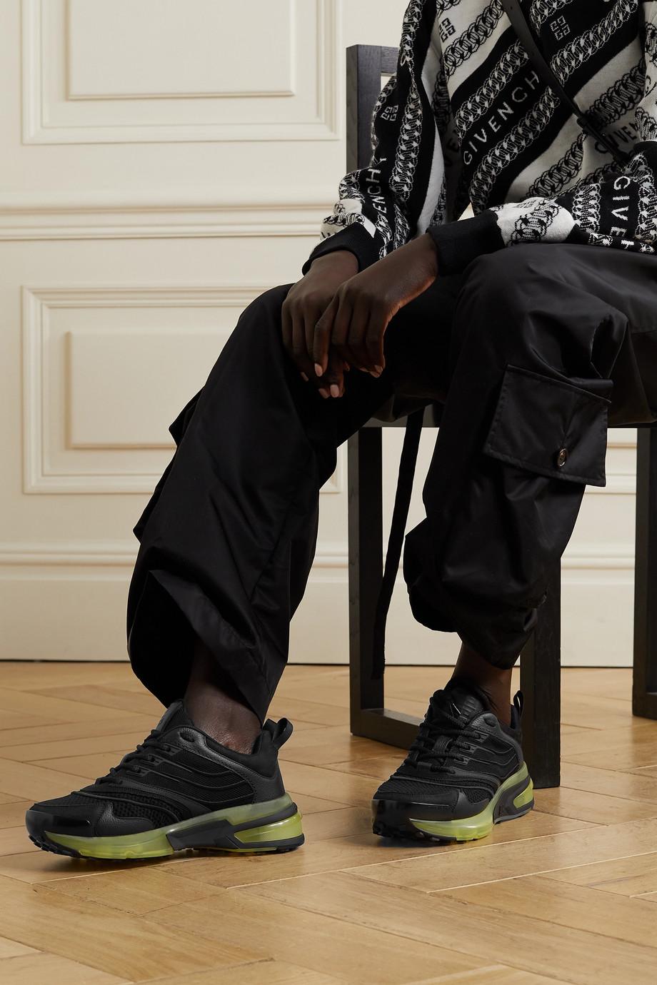Givenchy Baskets en résille, cuir et daim GIV 1