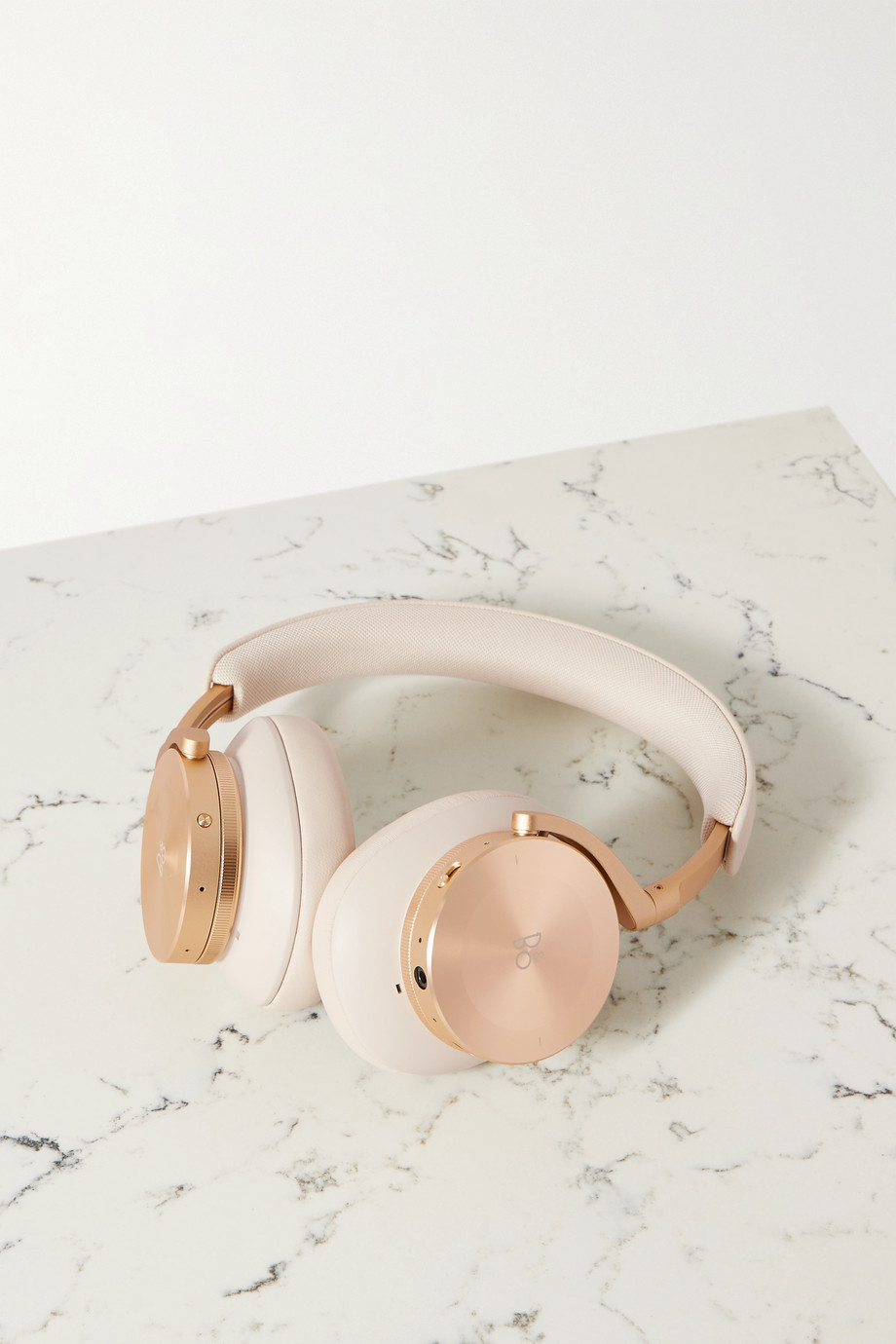 Bang & Olufsen Beoplay H95 wireless leather and gold-tone headphones
