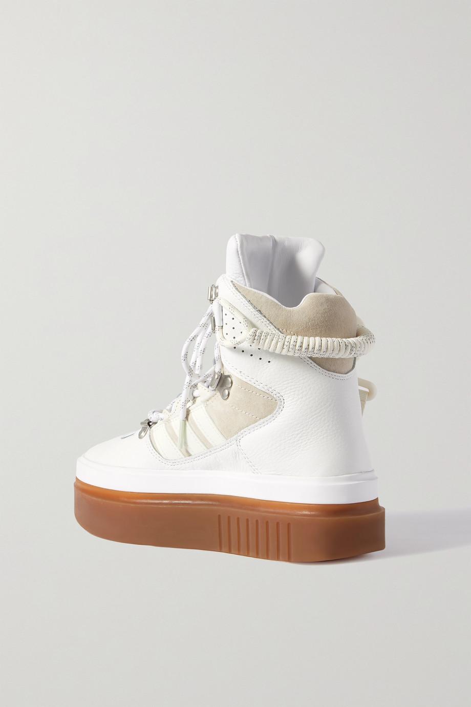 adidas Originals + Ivy Park Super Sleek Boot Sneakers aus Leder und Veloursleder mit Plateau