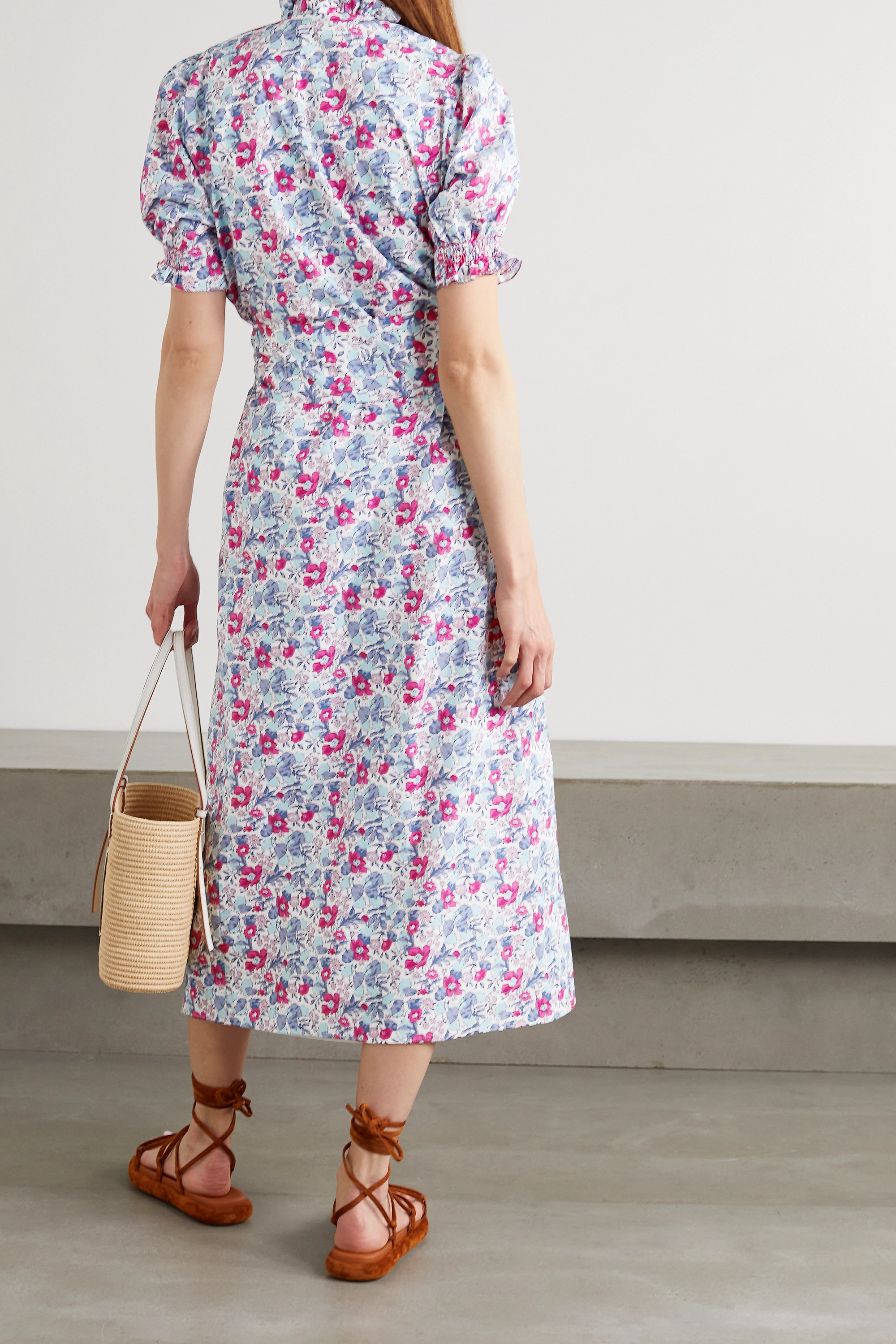 Loretta Caponi Elena gesmoktes Midikleid aus Baumwollpopeline mit Blumenprint und Bindegürtel