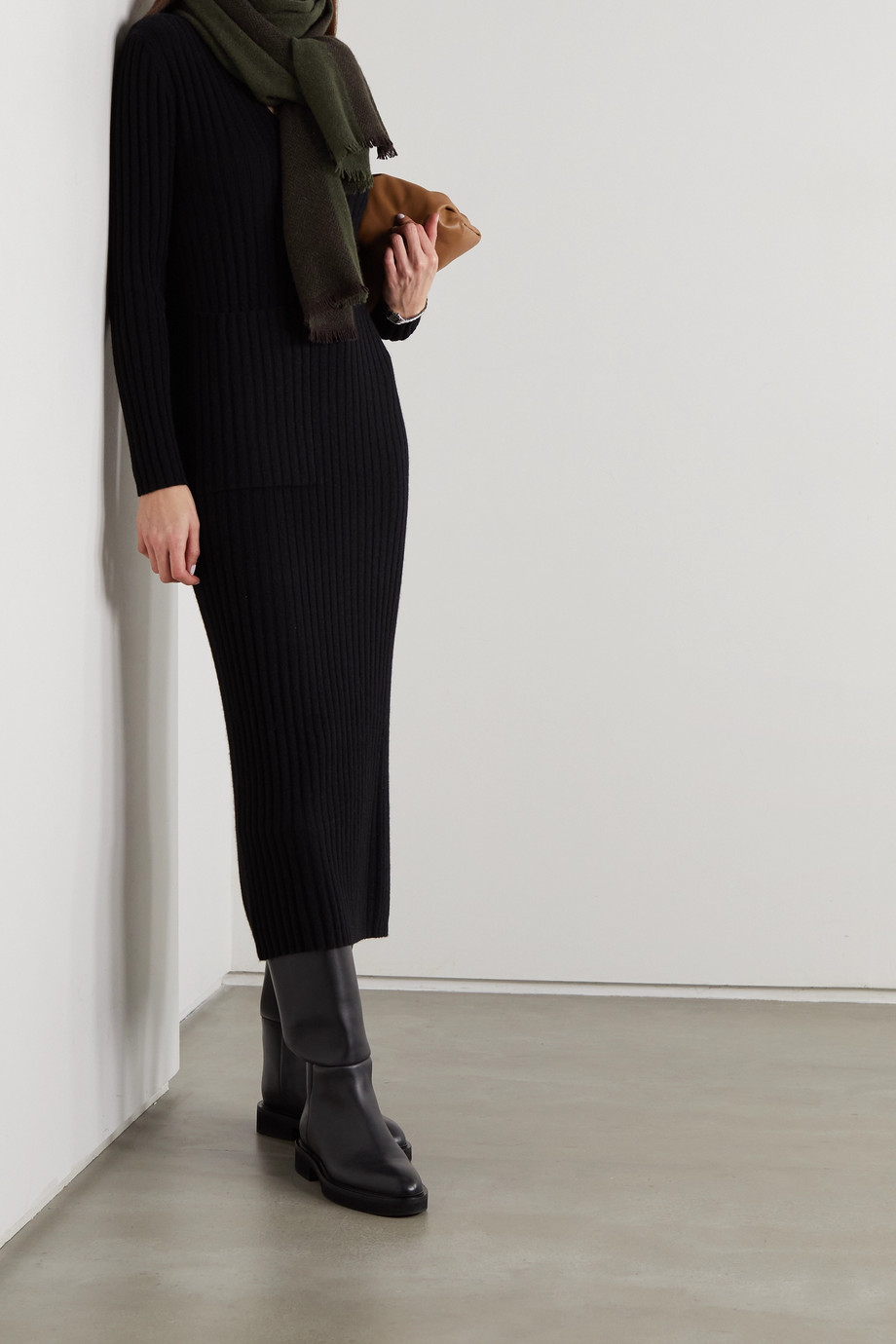 Lisa Yang Willow ribbed cashmere midi dress