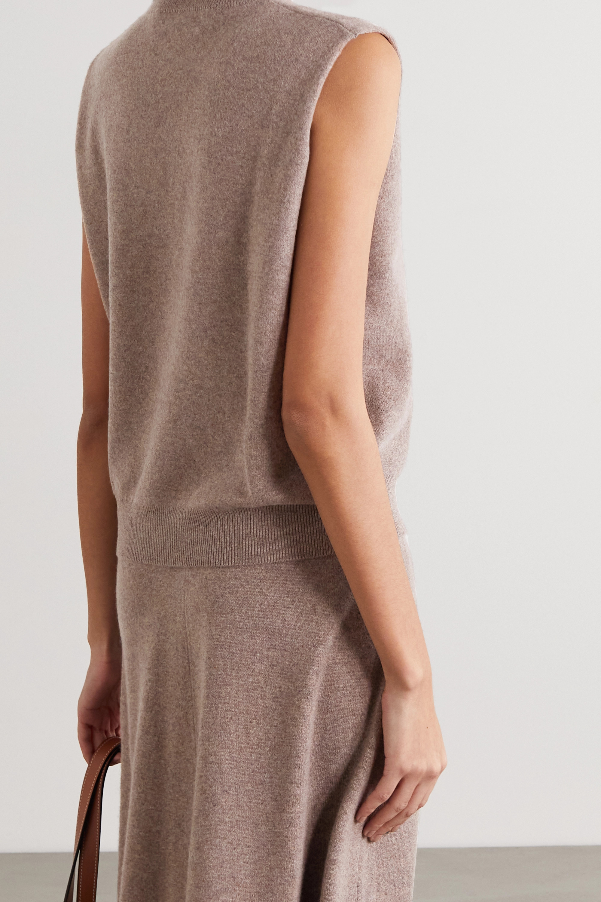 Extreme Cashmere Be Now cashmere-blend top