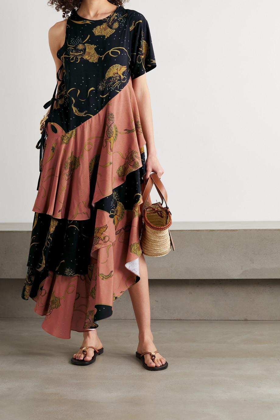 Loewe + Paula's Ibiza asymmetrisches Kleid aus bedrucktem Crêpe mit Volants