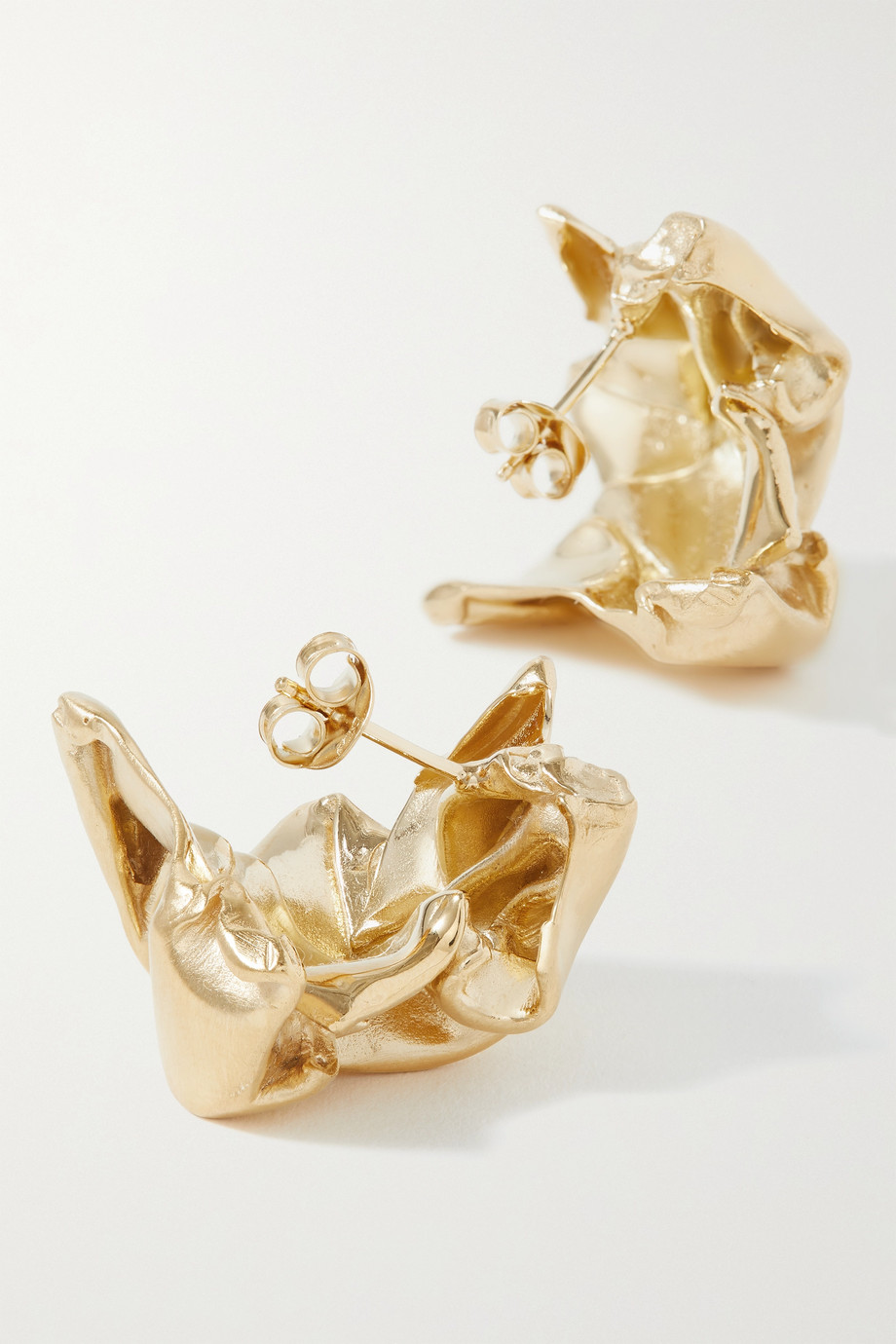 Completedworks Crunched: A Tale of Abandoned Legal Strategies gold-plated earrings
