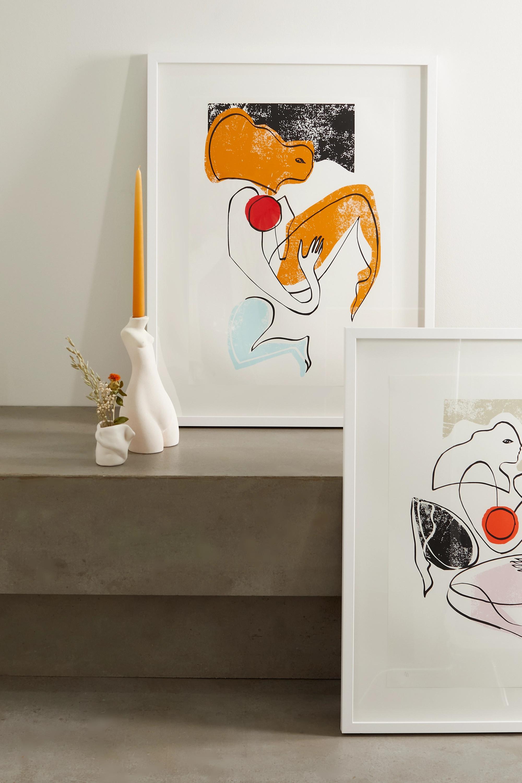 Roksanda Affiche imprimée encadrée Amber Swimmer, 58,4 cm x 83,8 cm