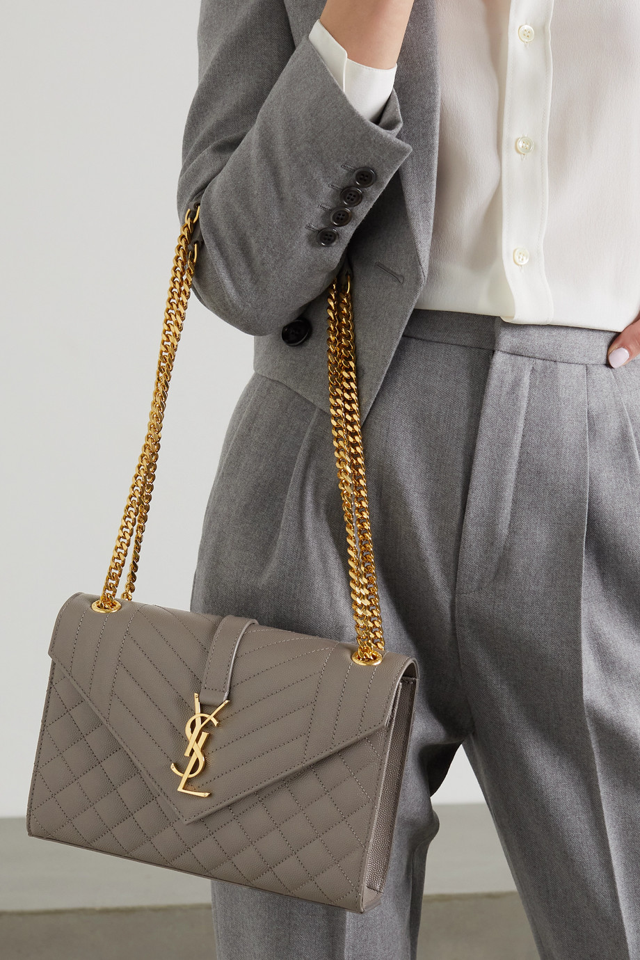 SAINT LAURENT Sac porté épaule en cuir texturé matelassé Envelope Medium