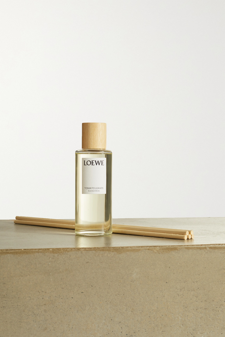 LOEWE Home Scents Scented Sticks diffuser refill - Tomato Leaves, 245ml