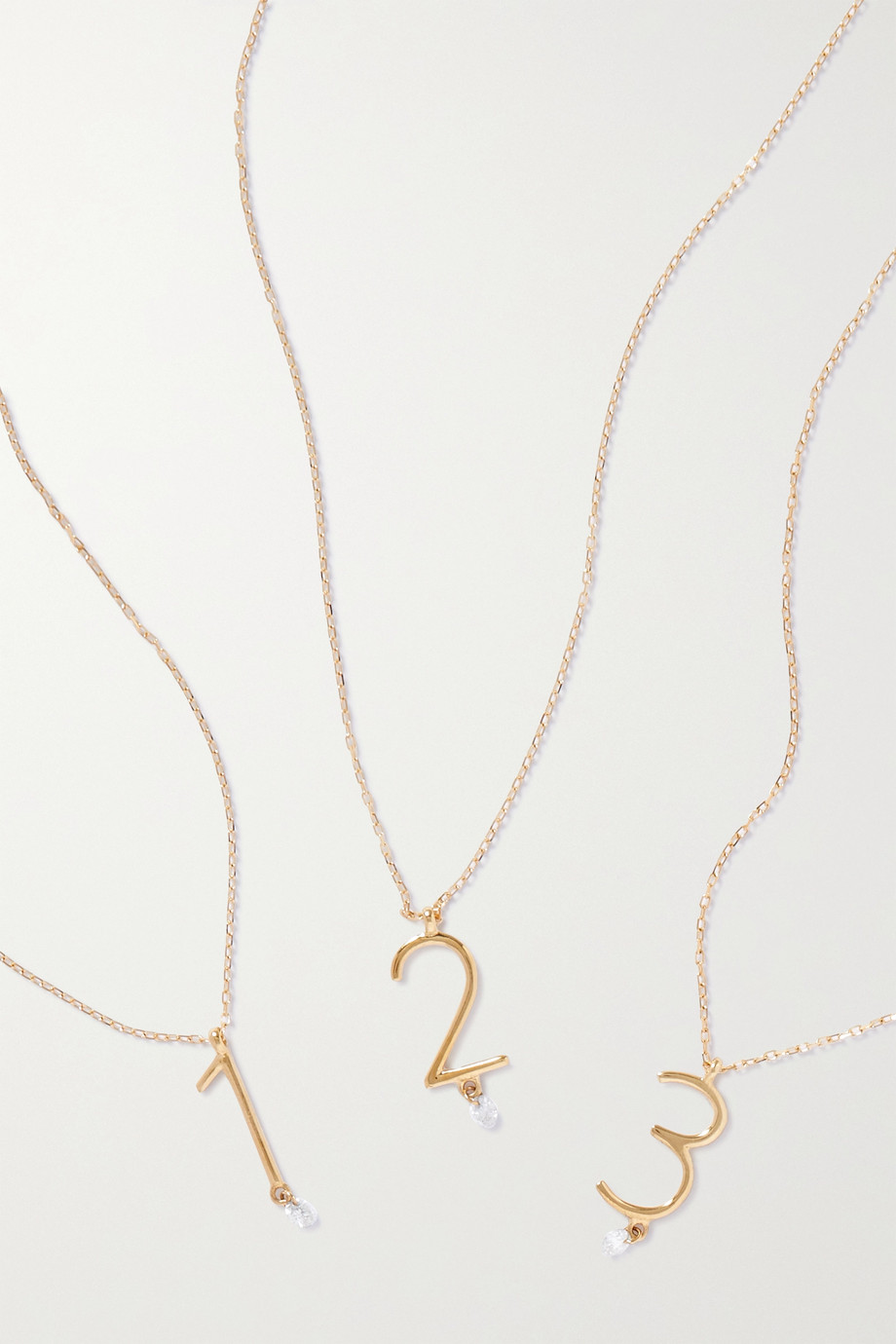 Persée Chiffre Kette aus 18 Karat Gold mit Diamant