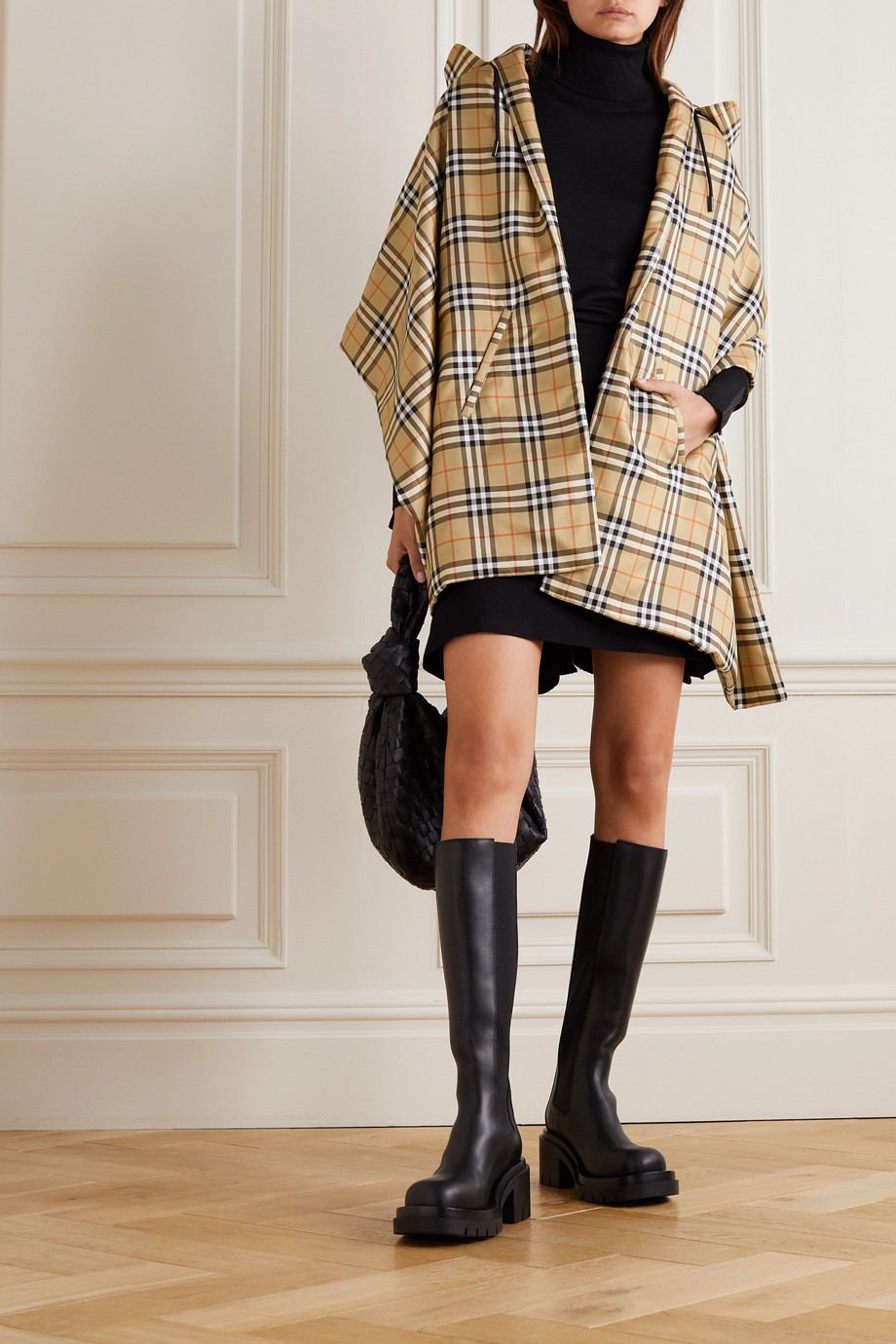 Burberry Hooded checked mulberry silk-twill cape