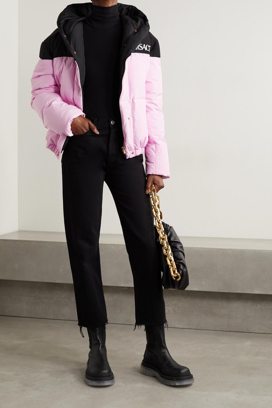 Versace Doudoune à capuche en tissu technique et en duvet