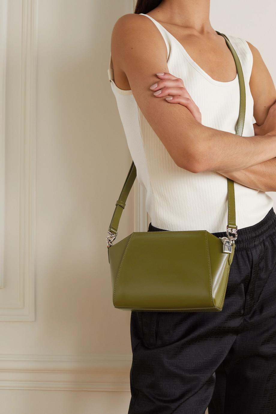 Givenchy Sac porté épaule en cuir Antigona XS Mini