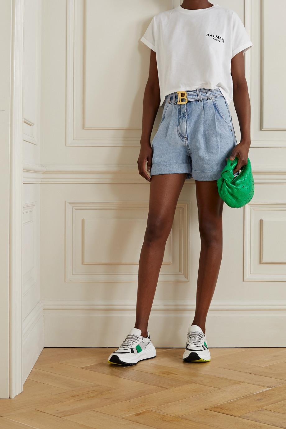 Balmain Jeansshorts mit Bundfalten und Gürtel