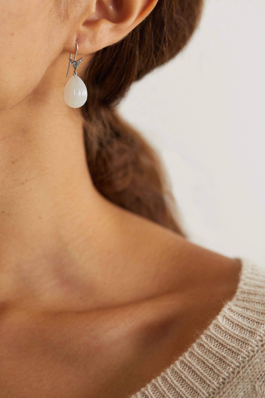 Sylva & Cie Ohrringe aus 18 Karat Weißgold mit Mondsteinen und Diamanten