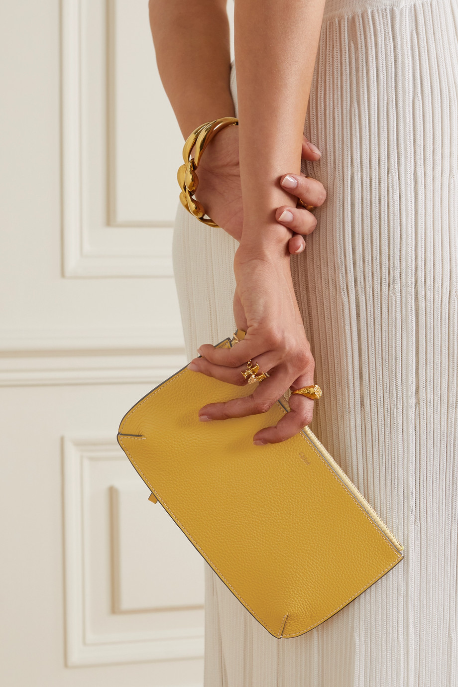 Chloé Braided textured-leather pouch