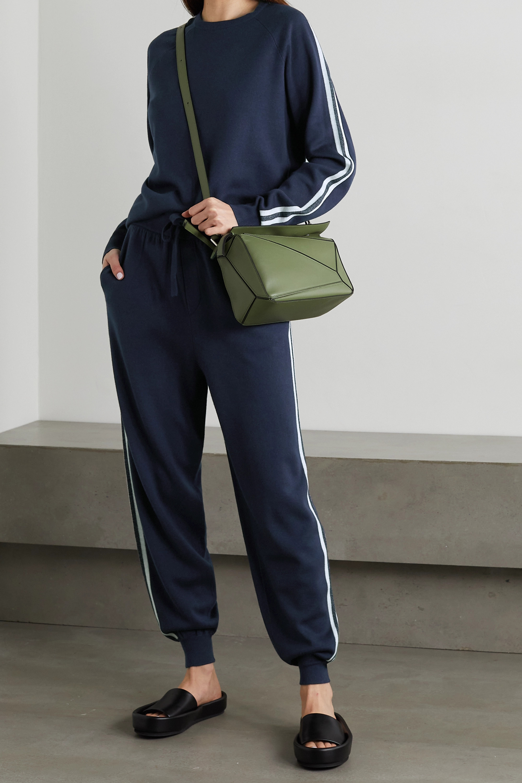Olivia von Halle Sweat et pantalon de survêtement en soie mélangée à rayures Missy Paris