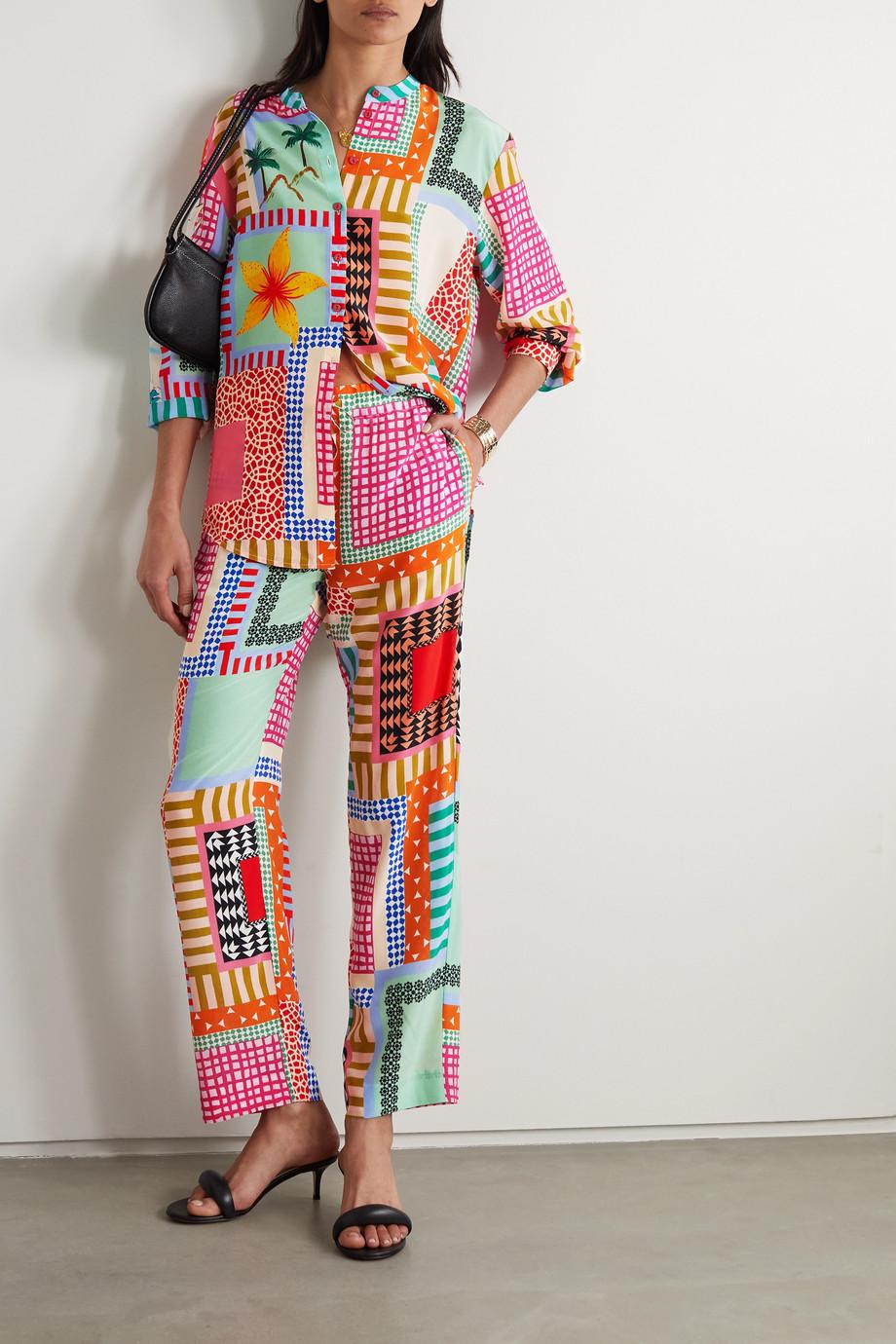 Saloni Pantalon droit en crêpe de Chine de soie imprimé effet patchwork Paige