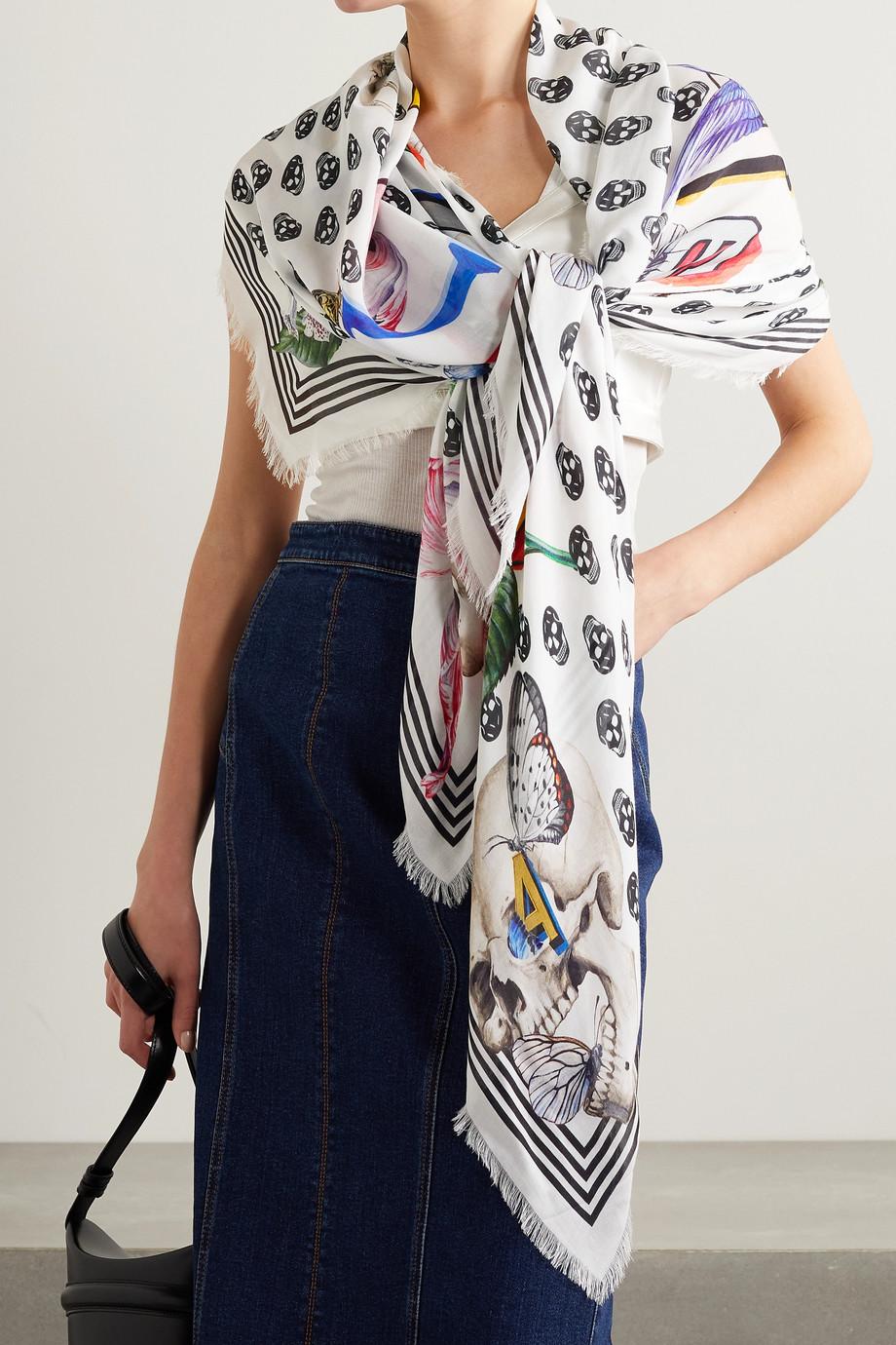 Alexander McQueen Tuch aus bedrucktem Modal mit Fransen