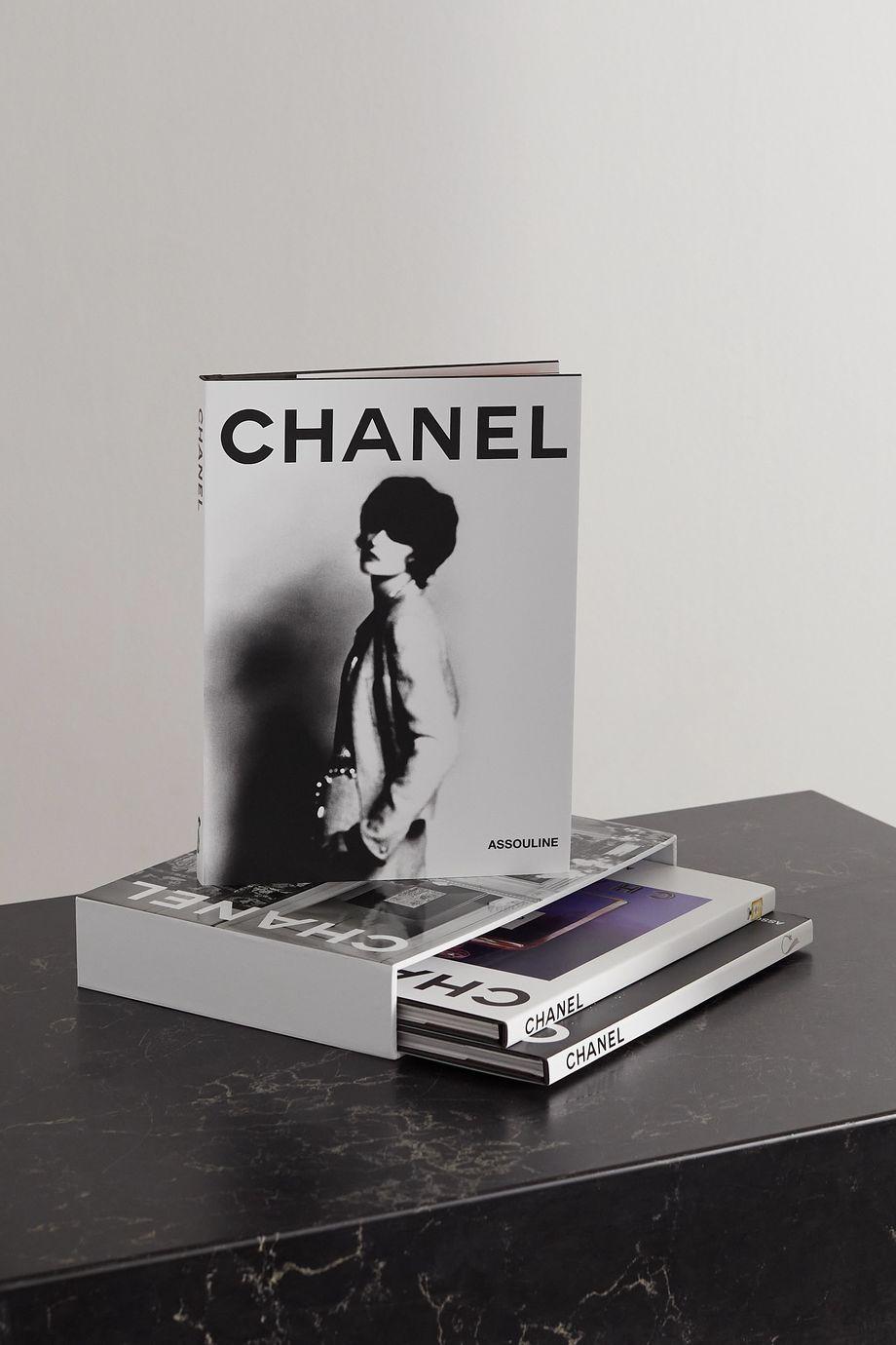 Assouline Coffret de trois livres cartonnés Chanel