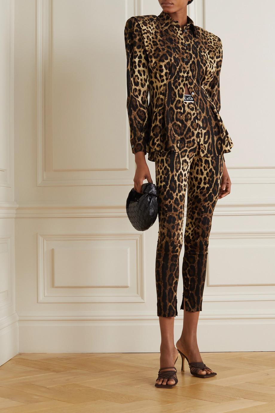 Dolce & Gabbana Chemise en charmeuse de soie mélangée à imprimé léopard Diva