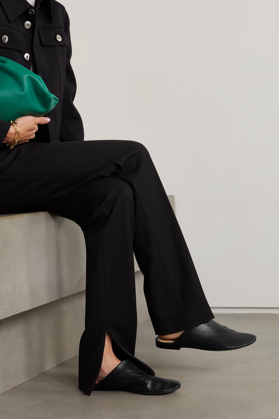 Bottega Veneta Slippers aus Leder