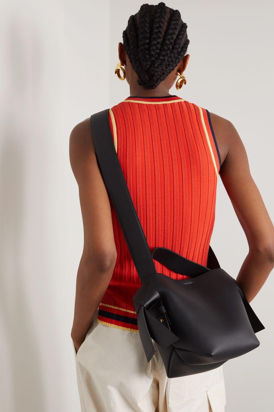 Acne Studios Musubi Mini Schultertasche aus Leder mit Knotendetails