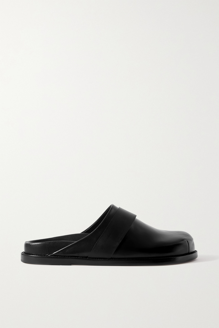 Porte & Paire + Frankie Shop leather slippers