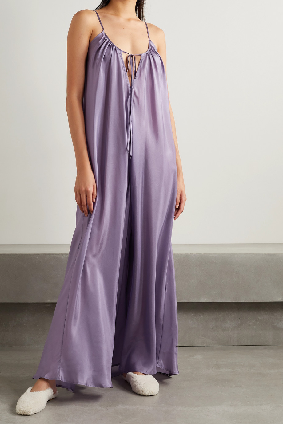 Pour Les Femmes Paris silk-habotai nightdress