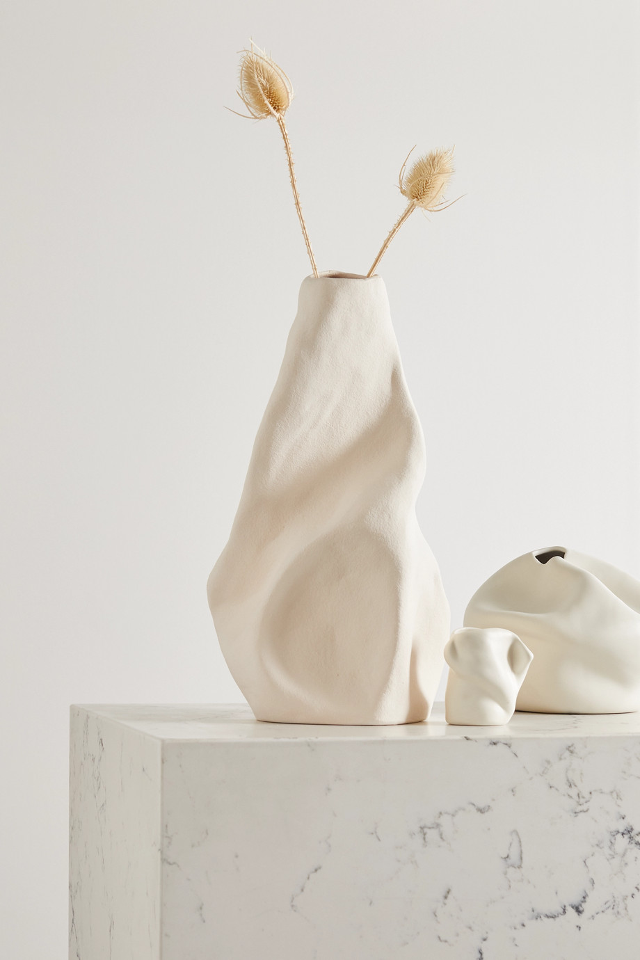 Completedworks Vase en céramique Giant Wake Large x Ekaterina Bazhenova Yamasaki