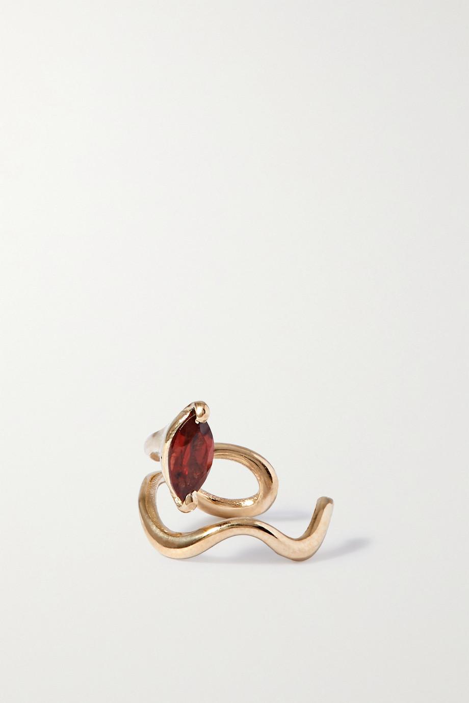 SARAH & SEBASTIAN Winedark Ear Cuff aus Gold mit Granat