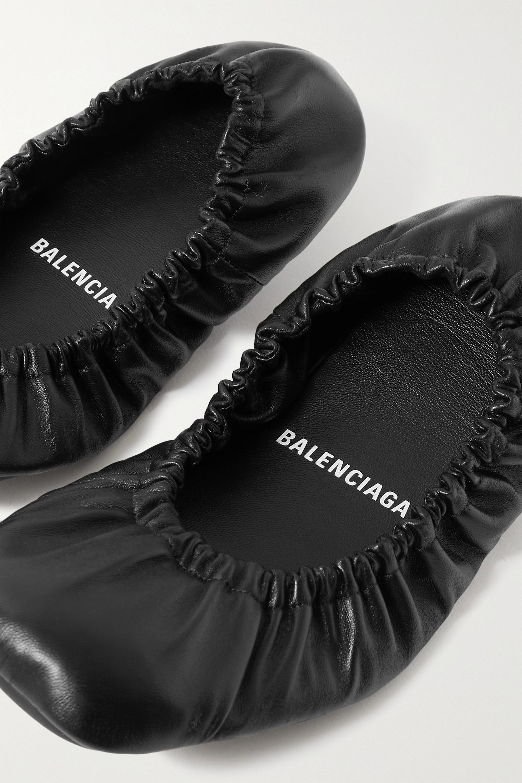 Balenciaga Ballerines en cuir froncé Tug