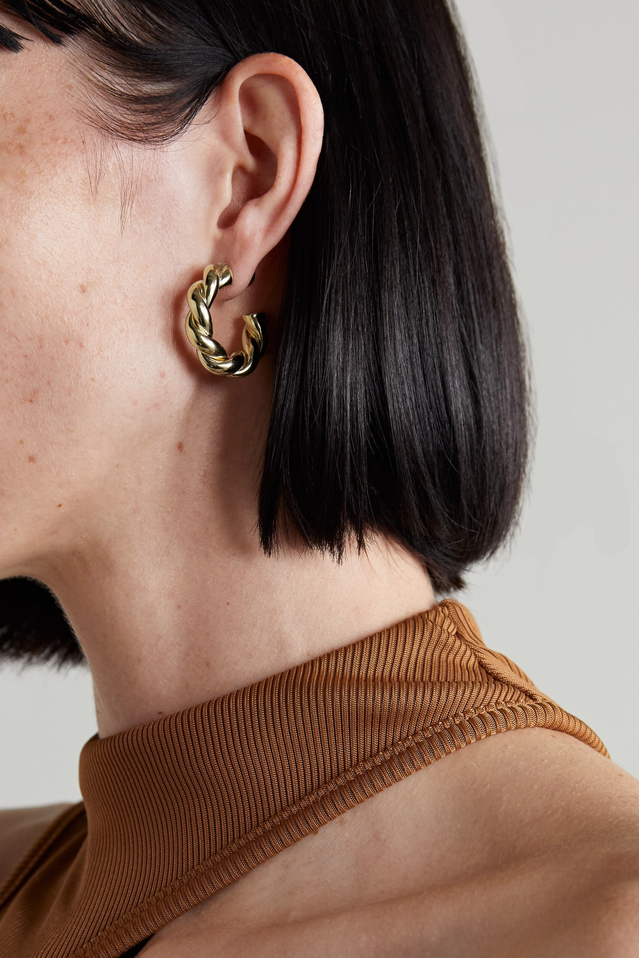Jennifer Fisher Lilly twisted gold-plated hoop earrings